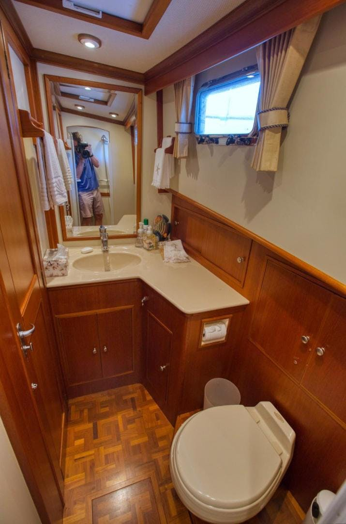 2004 Grand Banks 42' Europa 42 Grand Times   Picture 6 of 86