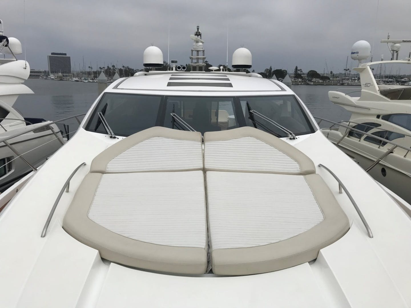 2009 Sunseeker 72' Predator Day Dreamer | Picture 4 of 39