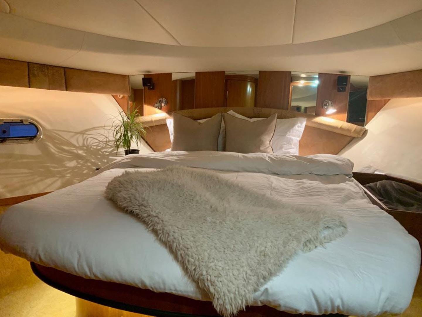 1999 Tiara Yachts 52' Express Jonny's Quest | Picture 6 of 69