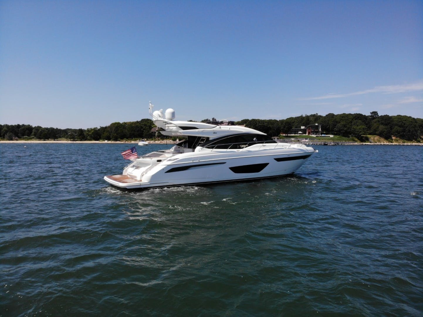 2017 Princess 65' S65 KEEPIN' IT LIGHT    Picture 2 of 28
