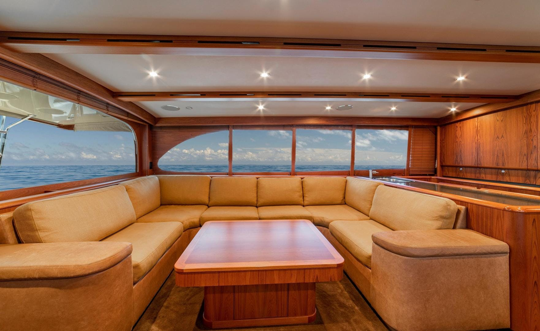 2009 Merritt 72' Sportfish OWL'S NEST | Picture 3 of 26