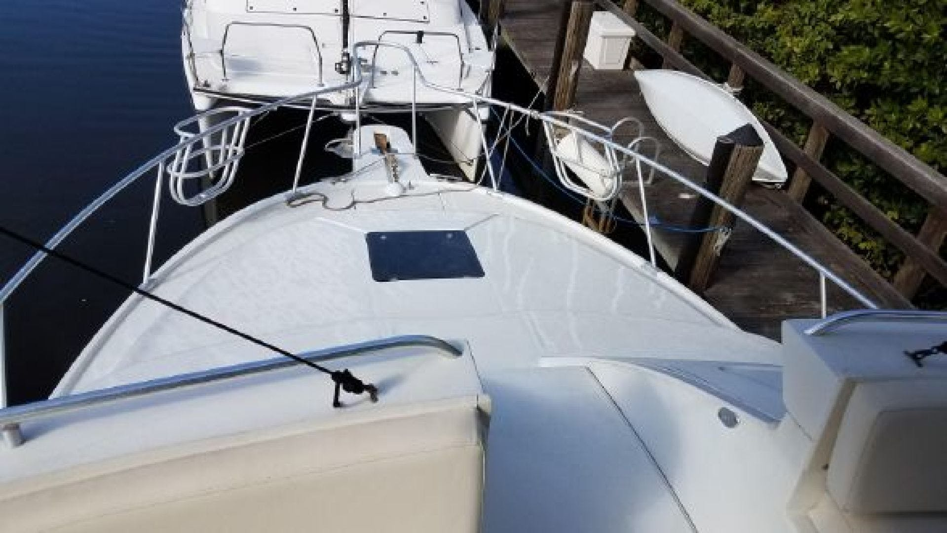 1996 Mainship 34'   | Picture 3 of 16
