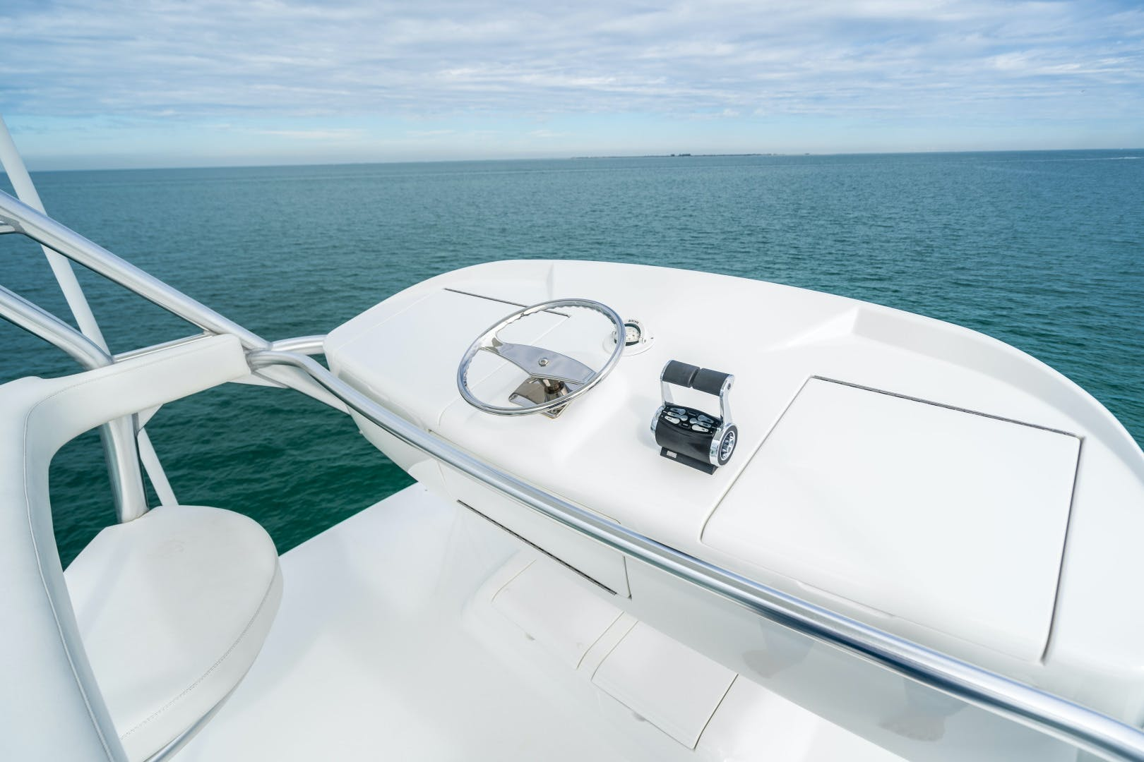 2017 Viking 72' 72 EB Convertible Raisers Edge | Picture 5 of 50
