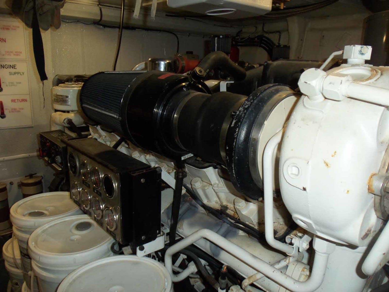 2004 Queenship 76' Barretta 76 SEA MYSTIC | Picture 4 of 86