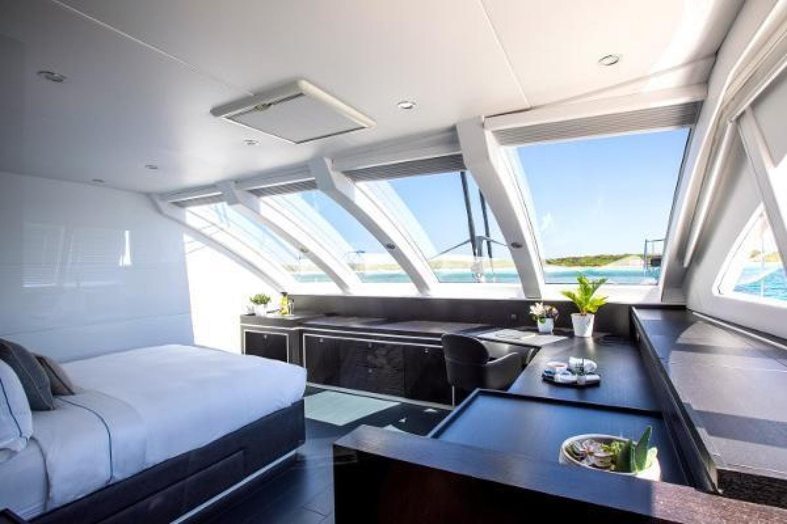 2011 Catamaran 95' Blue Coast Yachts  CARTOUCHE | Picture 7 of 44