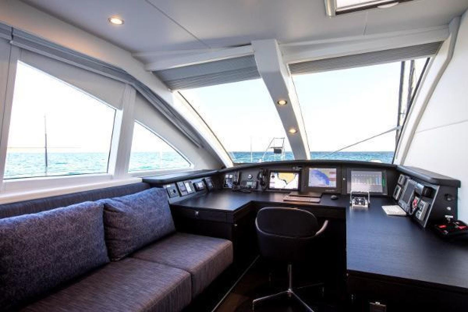 2011 Catamaran 95' Blue Coast Yachts  CARTOUCHE | Picture 6 of 44
