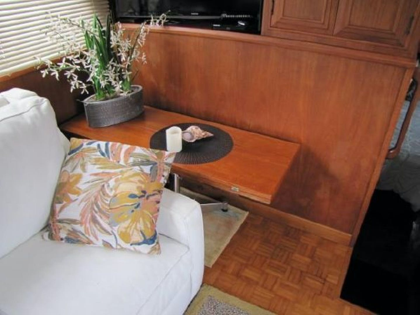 1984 Ocean Alexander 43' Aft Cabin Two If By Sea | Picture 2 of 87