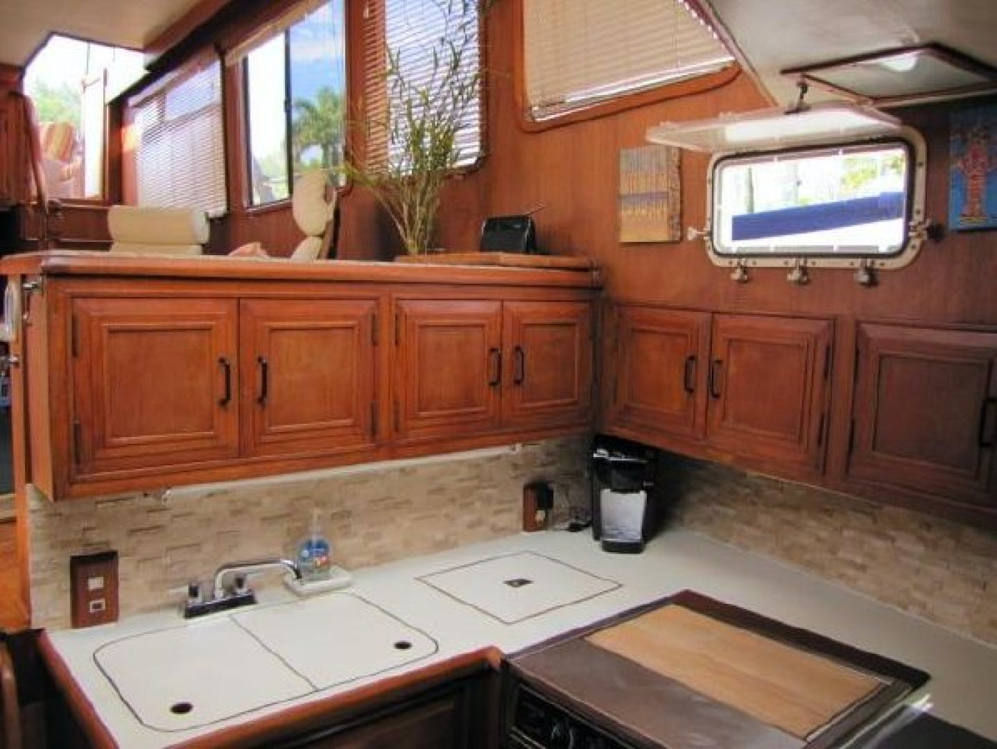 1984 Ocean Alexander 43' Aft Cabin Two If By Sea | Picture 7 of 87
