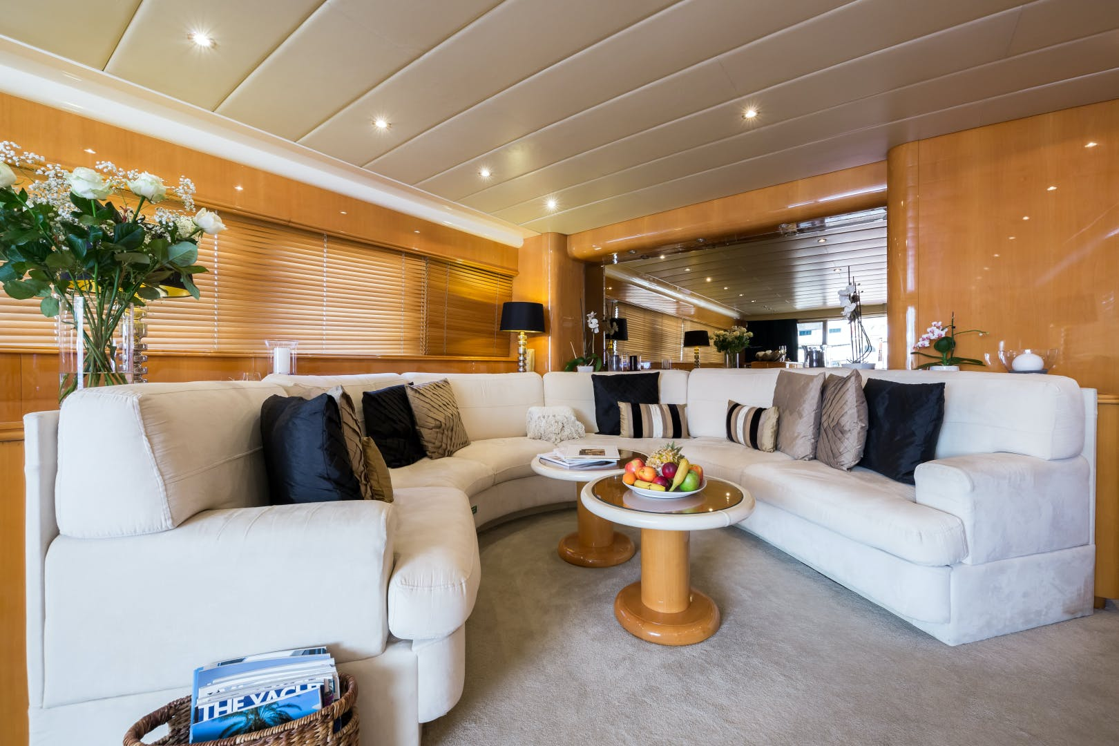 1998 Mangusta 86'  INDULGENCE OF POOLE | Picture 5 of 14
