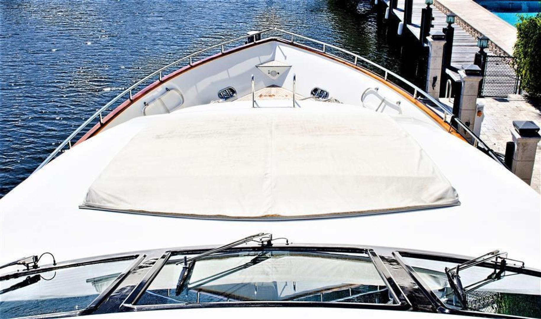2000 Azimut 100' Jumbo Carobelle | Picture 3 of 87