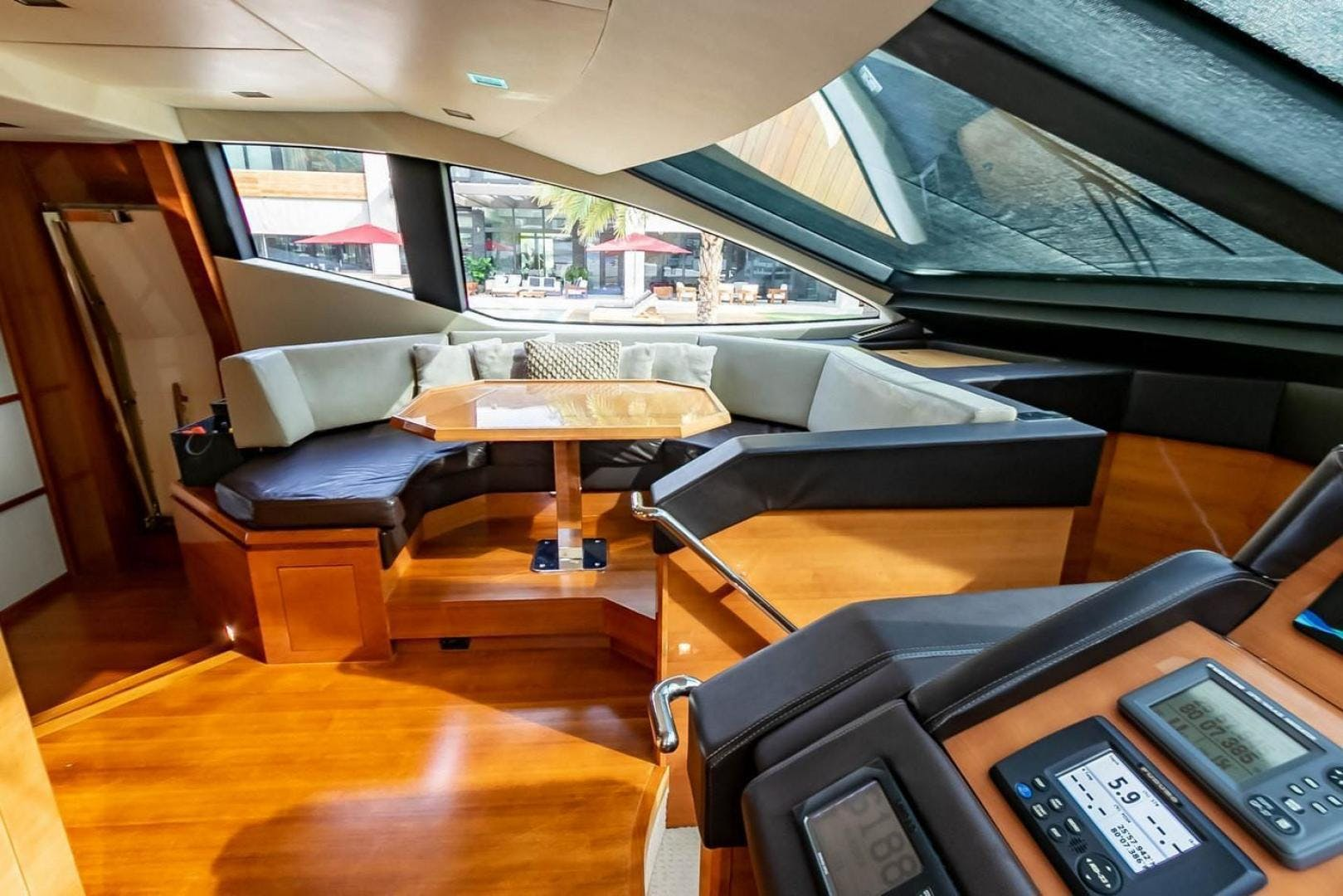 2007 Azimut 85' Flybridge Blue | Picture 7 of 56