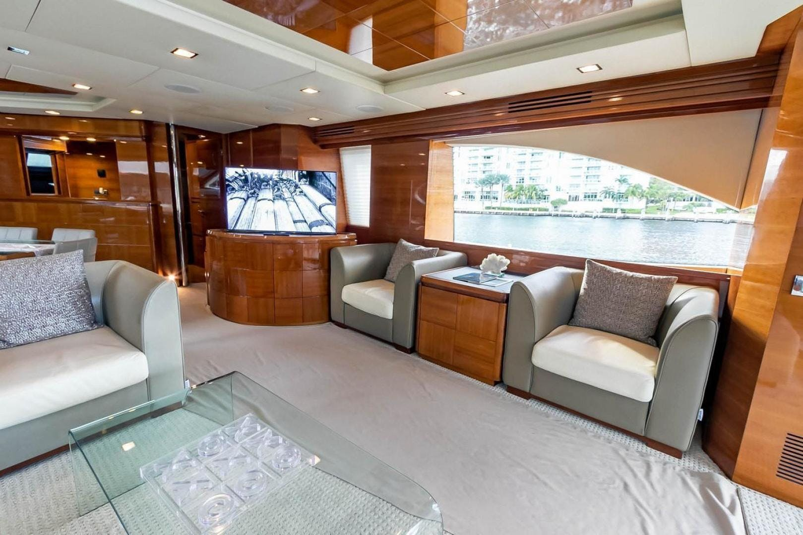 2007 Azimut 85' Flybridge Blue | Picture 1 of 56