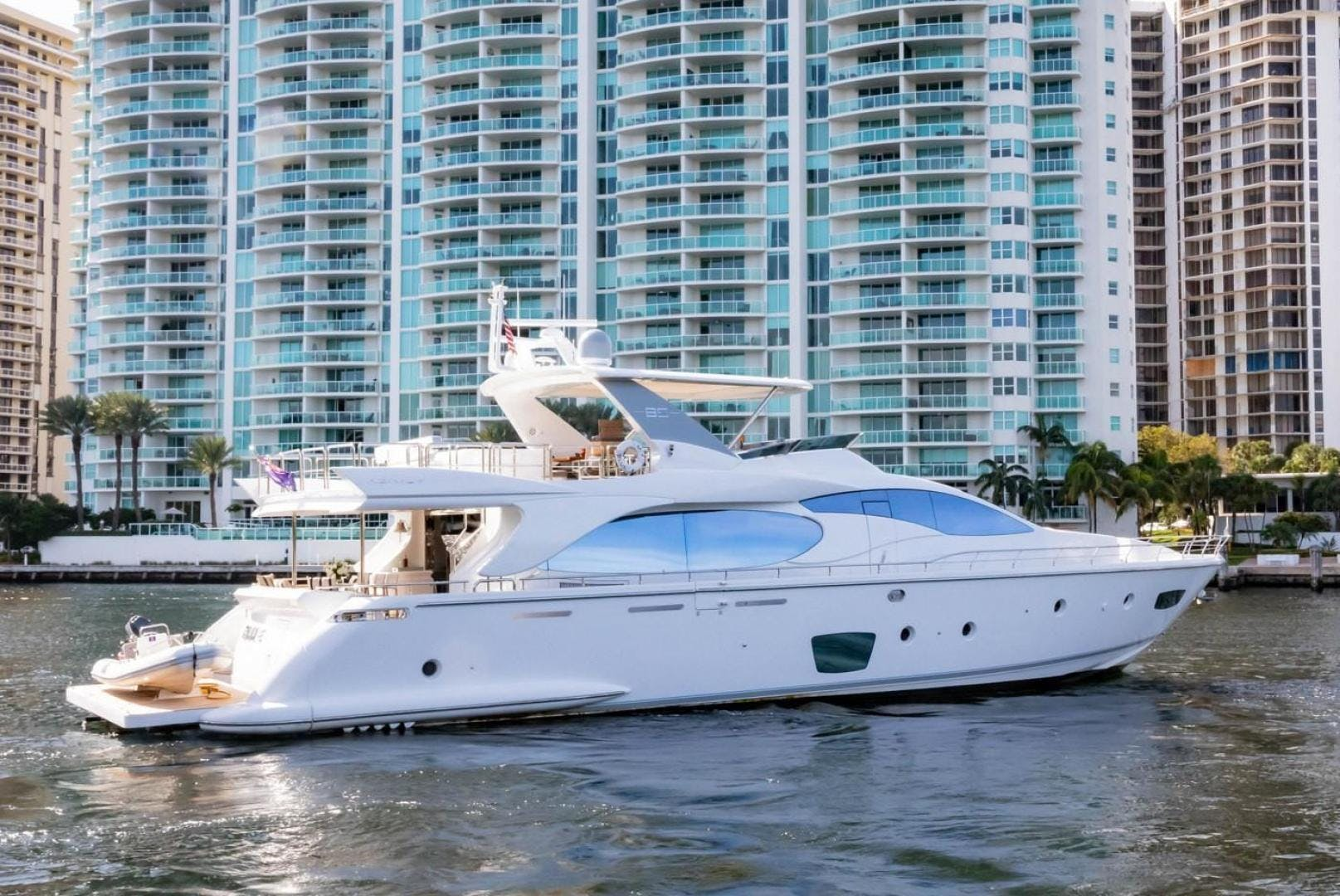 2007 Azimut 85' Flybridge Blue | Picture 3 of 56