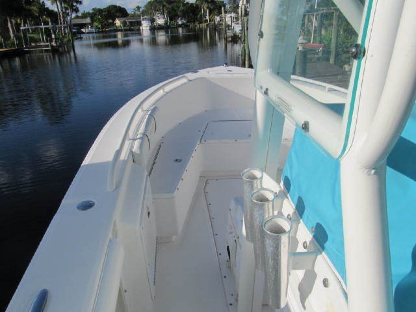 2007 Everglades 24' 243CC With Trailer and No Bottom Paint  | Picture 8 of 28