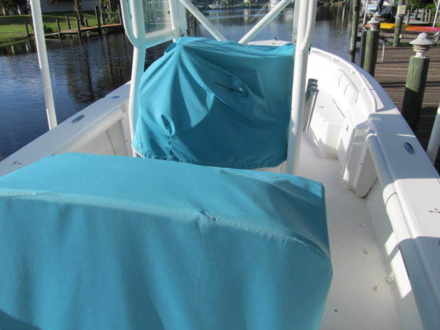 2007 Everglades 24' 243CC With Trailer and No Bottom Paint  | Picture 7 of 28