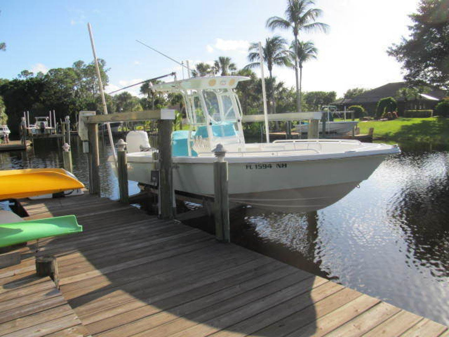2007 Everglades 24' 243CC With Trailer and No Bottom Paint  | Picture 5 of 28