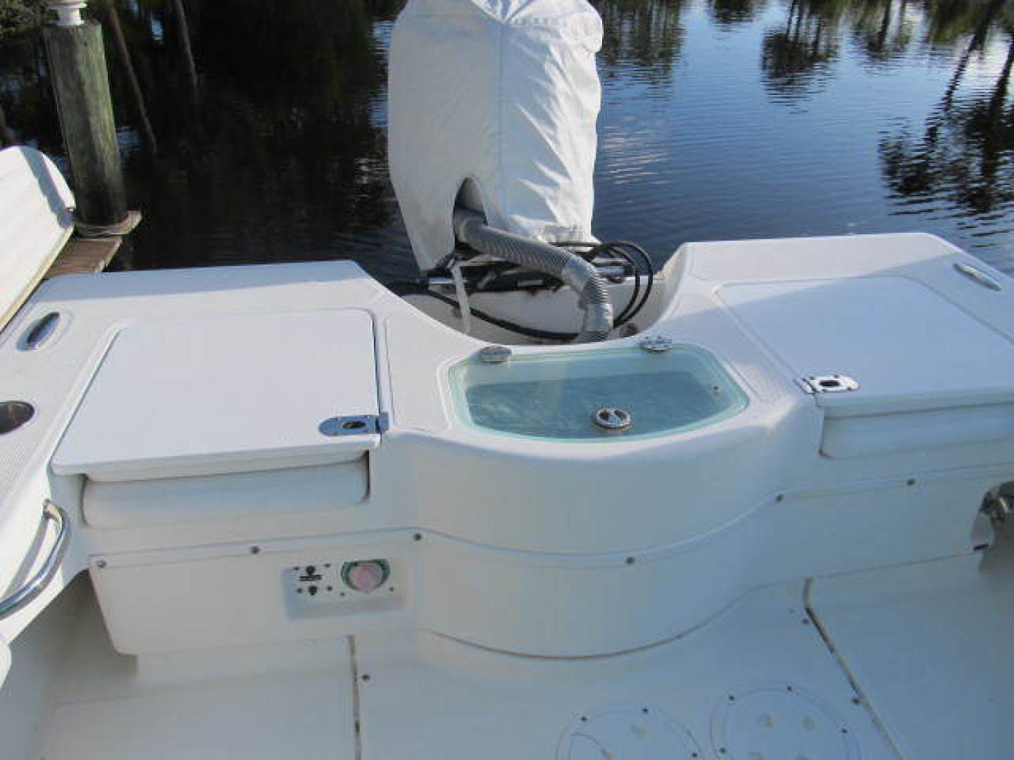 2007 Everglades 24' 243CC With Trailer and No Bottom Paint  | Picture 3 of 28