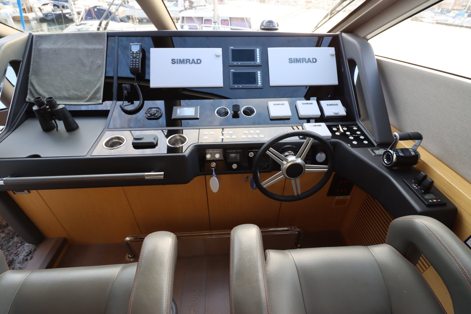 2017 Sunseeker 75' Yacht Mojo Risin   Picture 3 of 63
