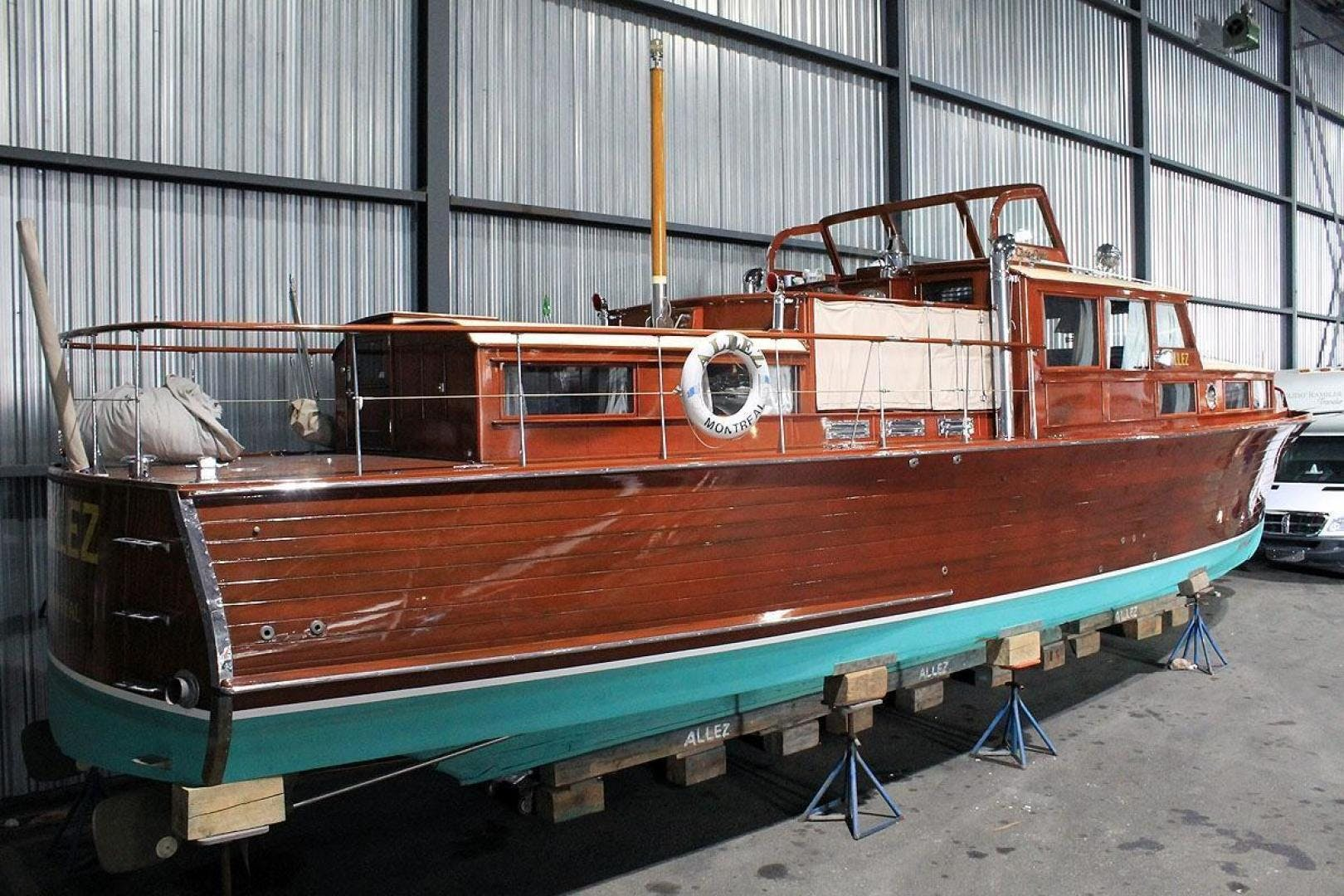 1930 Chris-Craft 48' Commuter ALLEZ | Picture 3 of 32