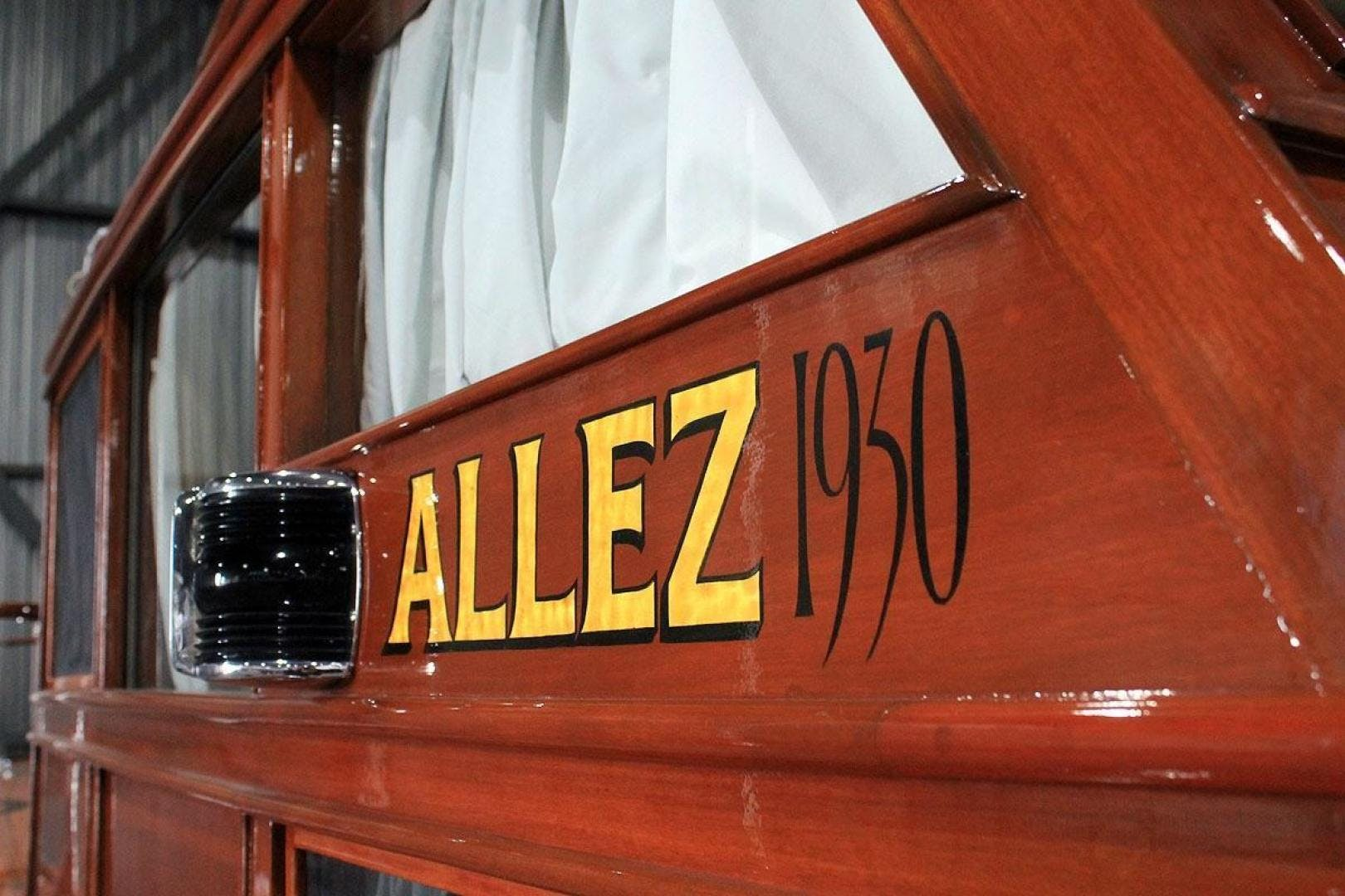 1930 Chris-Craft 48' Commuter ALLEZ | Picture 2 of 32