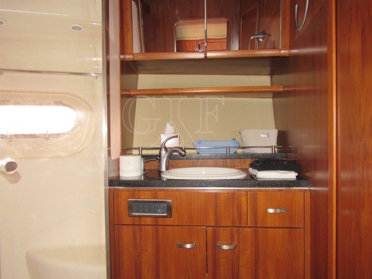 2008 Tiara Yachts 60' 5800 Sovran SLOWLY FOUR | Picture 6 of 24
