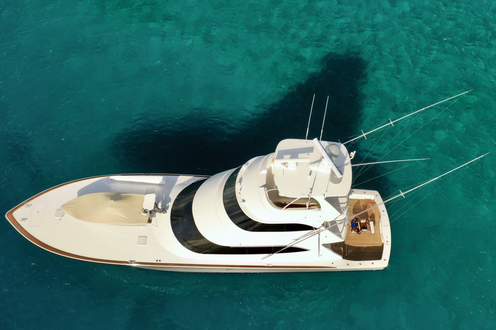 2010 Viking 76' 76 Convertible High Cotton   Picture 5 of 61