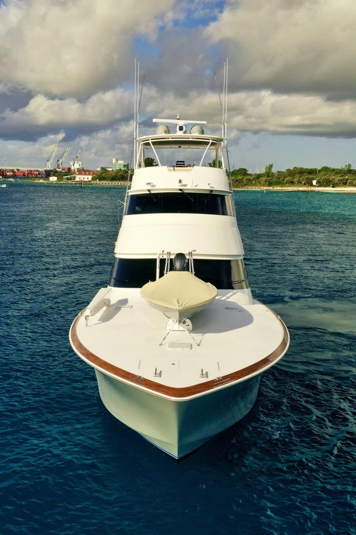 2010 Viking 76' 76 Convertible High Cotton   Picture 7 of 61
