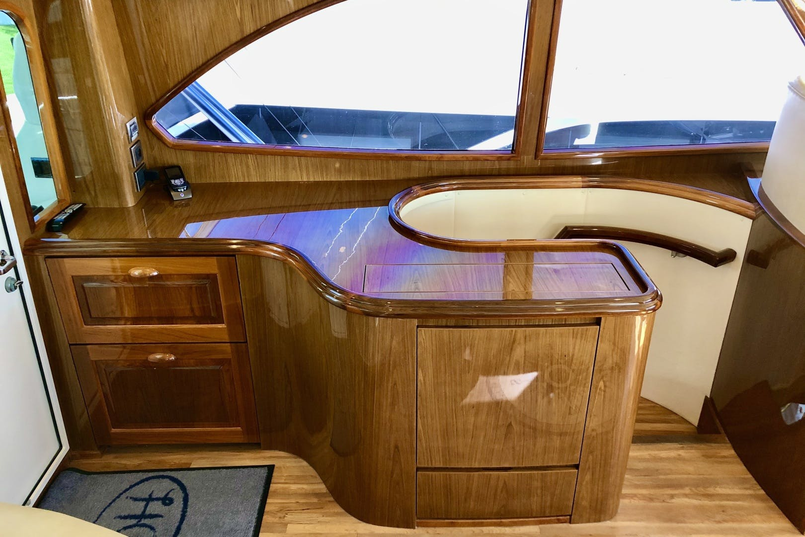 2010 Viking 76' 76 Convertible High Cotton   Picture 3 of 61