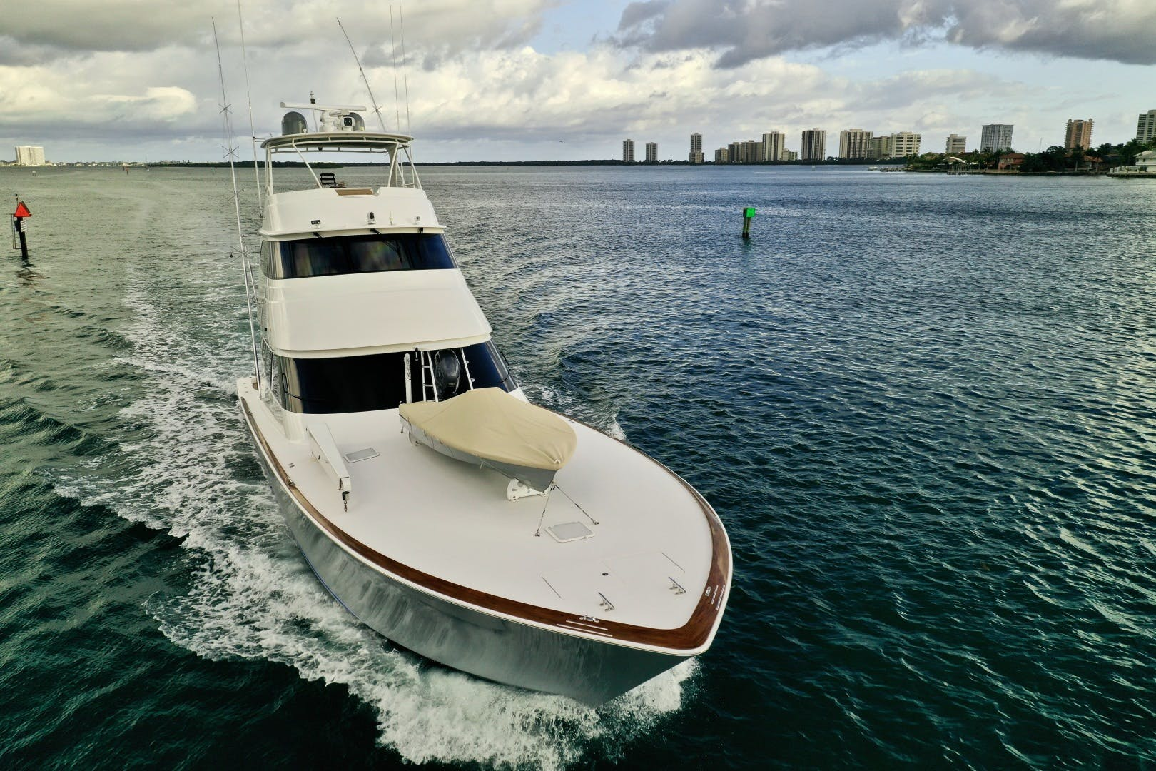 2010 Viking 76' 76 Convertible High Cotton   Picture 1 of 61