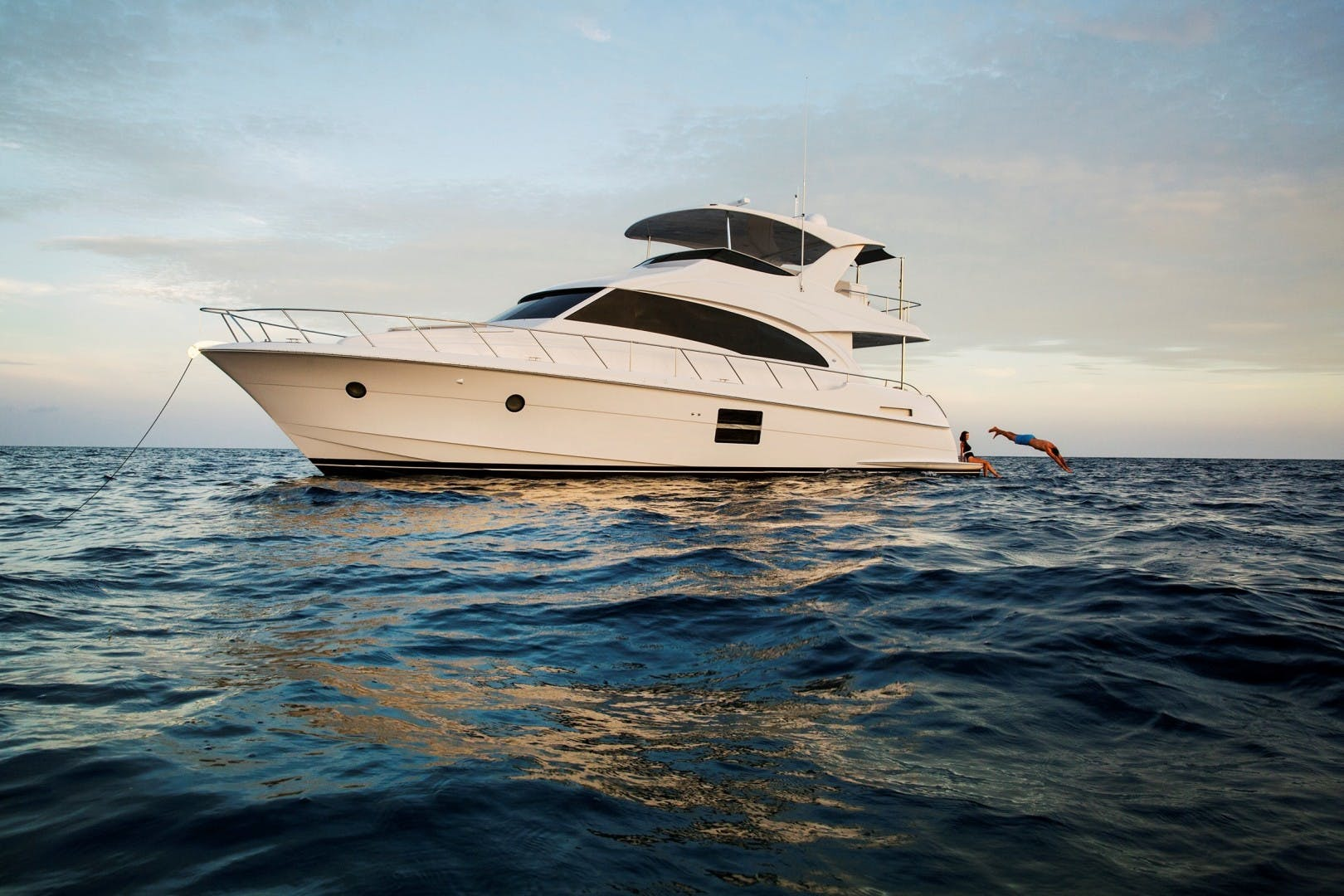 2021 Hatteras 60' M60 M60 | Picture 1 of 7