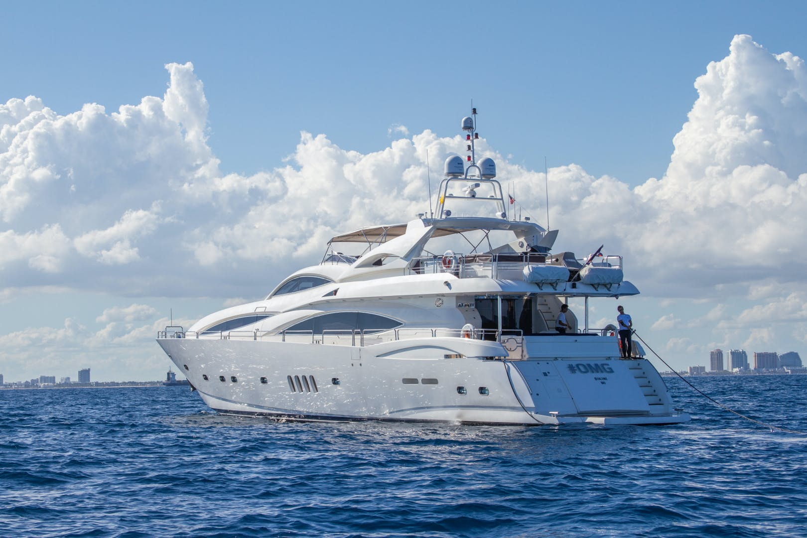 2002 Sunseeker 105'  OMG | Picture 4 of 31