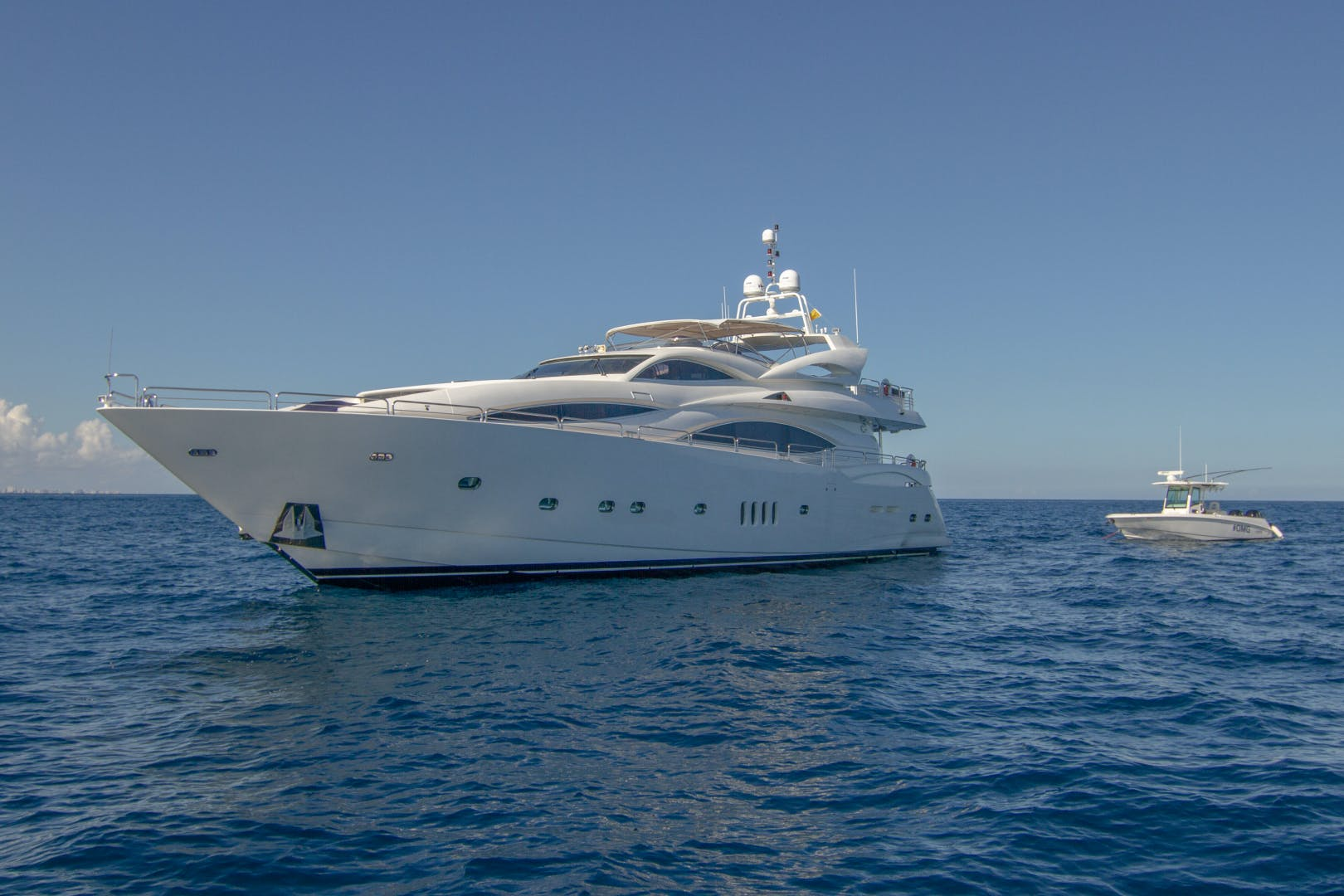 2002 Sunseeker 105'  OMG | Picture 3 of 31