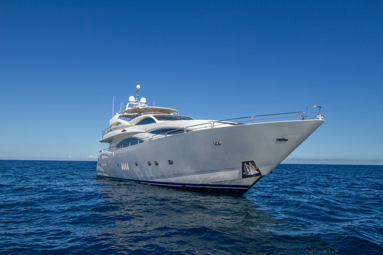 2002 Sunseeker 105'  OMG | Picture 2 of 31