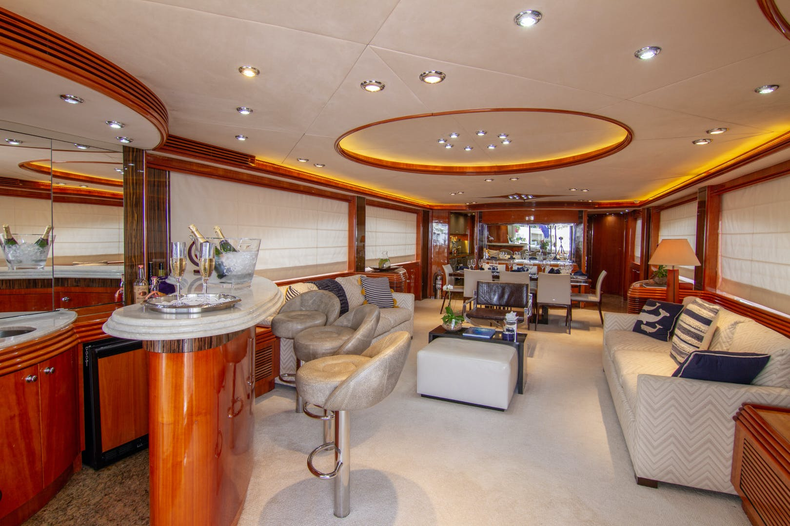 2002 Sunseeker 105'  OMG | Picture 8 of 31