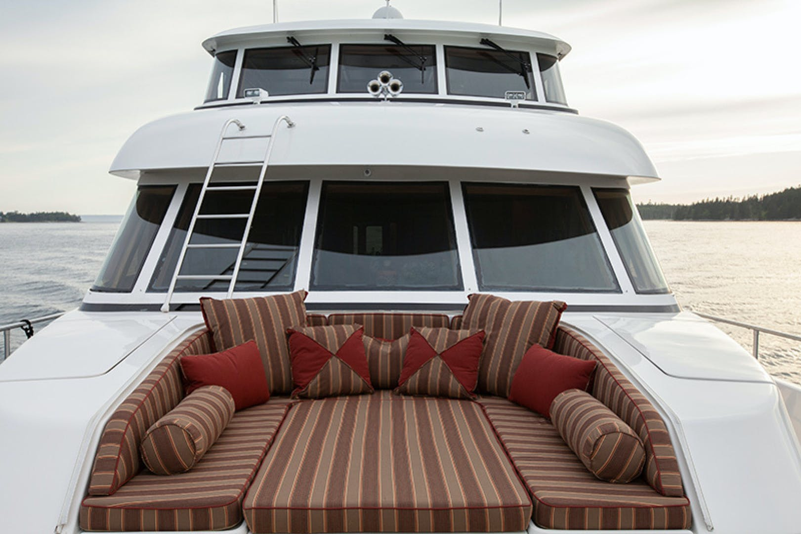 2009 Paragon 94'  RHAPSODY | Picture 3 of 40