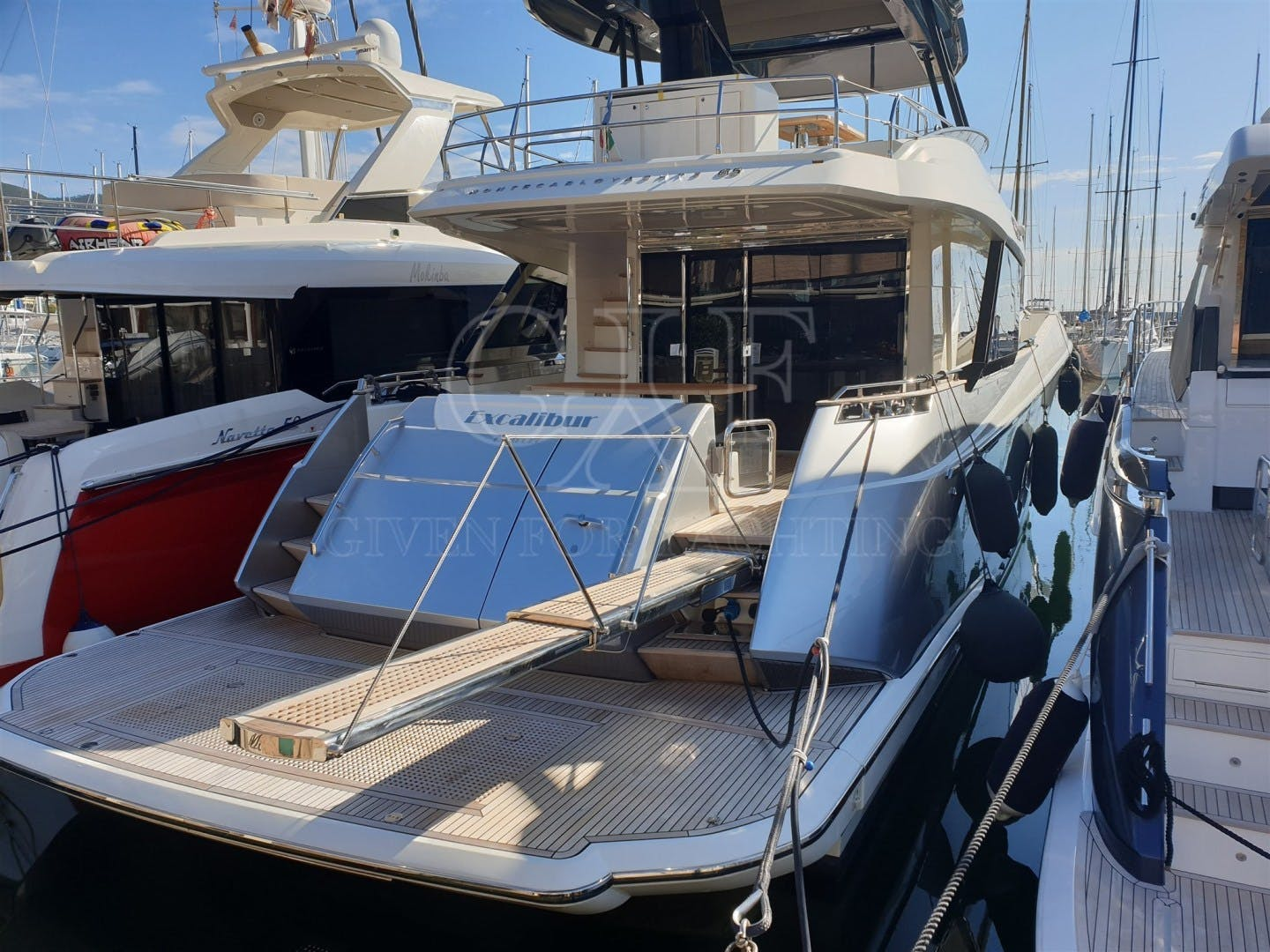 2016 Monte Carlo 65' MCY 65 EXCALIBUR | Picture 2 of 24
