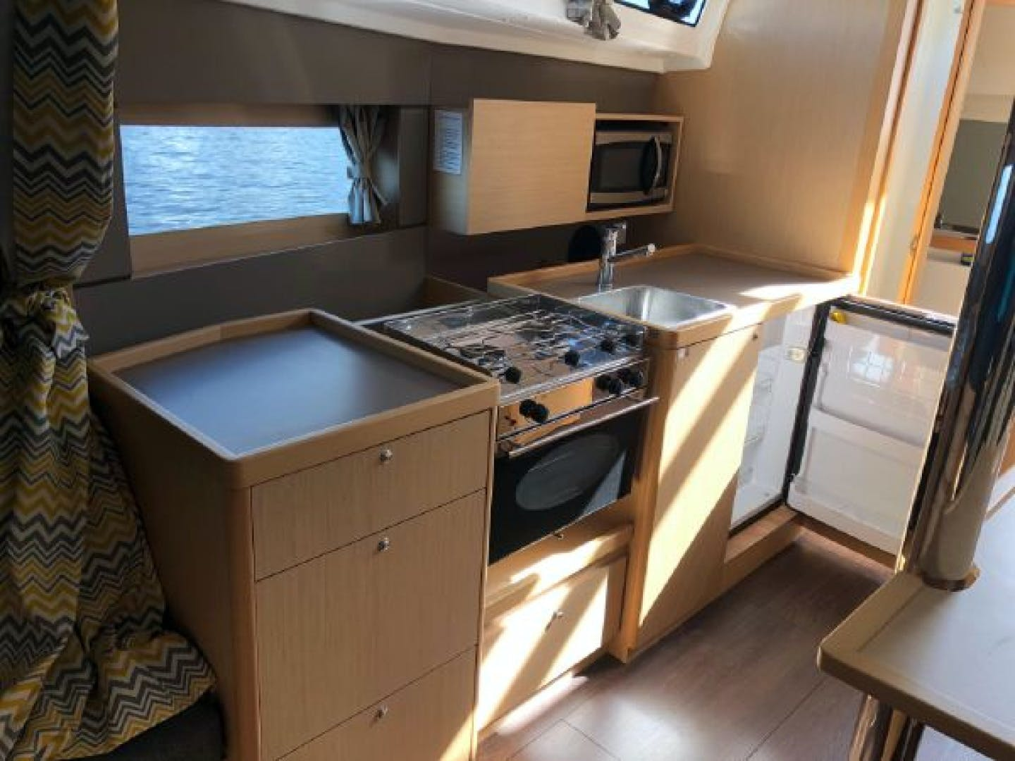 2015 Beneteau 38' Oceanis 38 SCONNIE2  | Picture 5 of 74