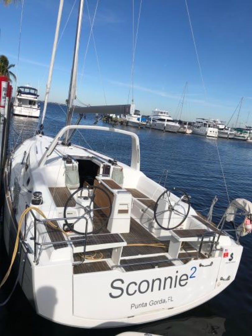 2015 Beneteau 38' Oceanis 38 SCONNIE2  | Picture 4 of 74