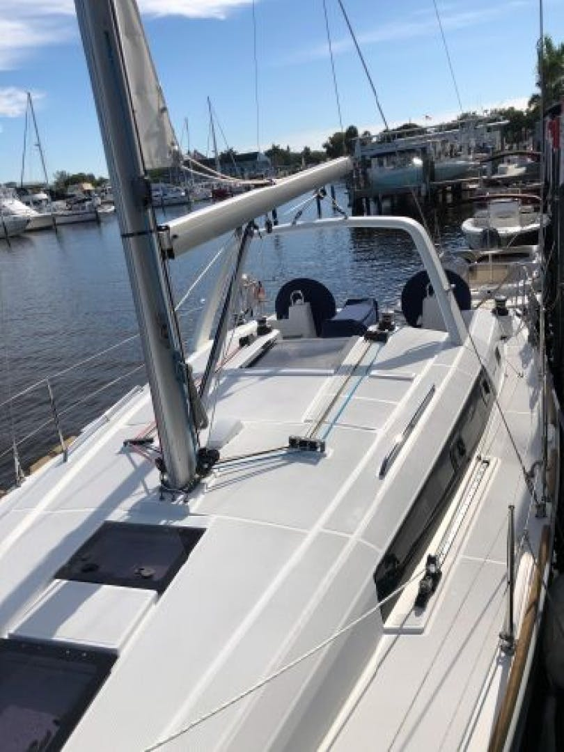 2015 Beneteau 38' Oceanis 38 SCONNIE2  | Picture 3 of 74