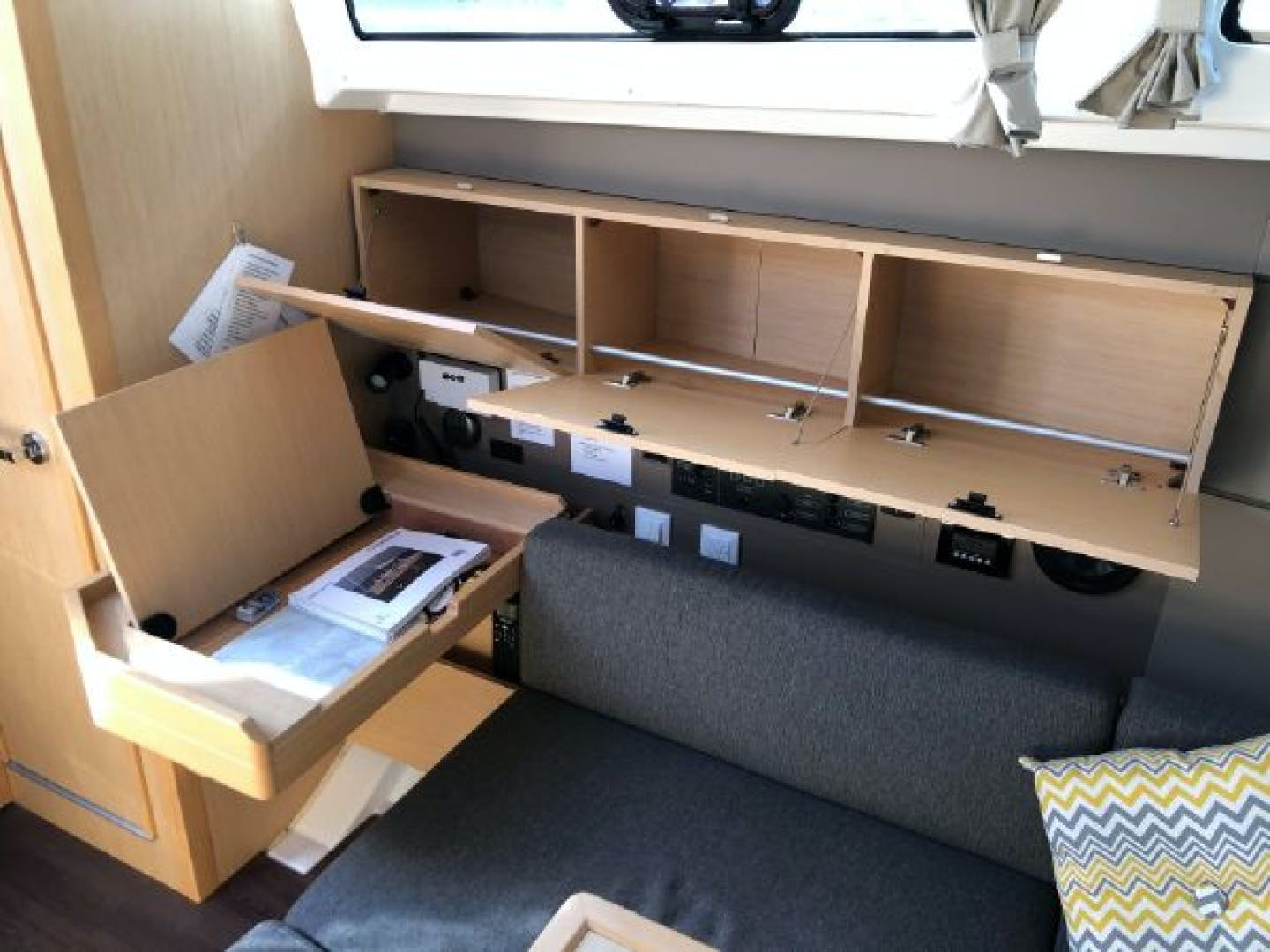 2015 Beneteau 38' Oceanis 38 SCONNIE2  | Picture 7 of 74