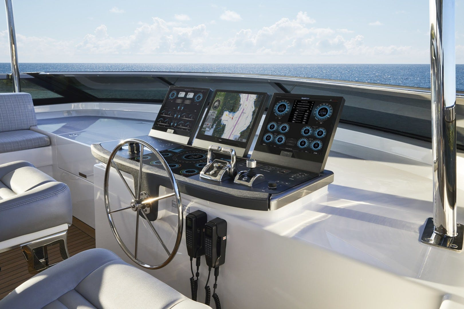 2021 Hatteras 90' M90 M90 PANACERA | Picture 7 of 11