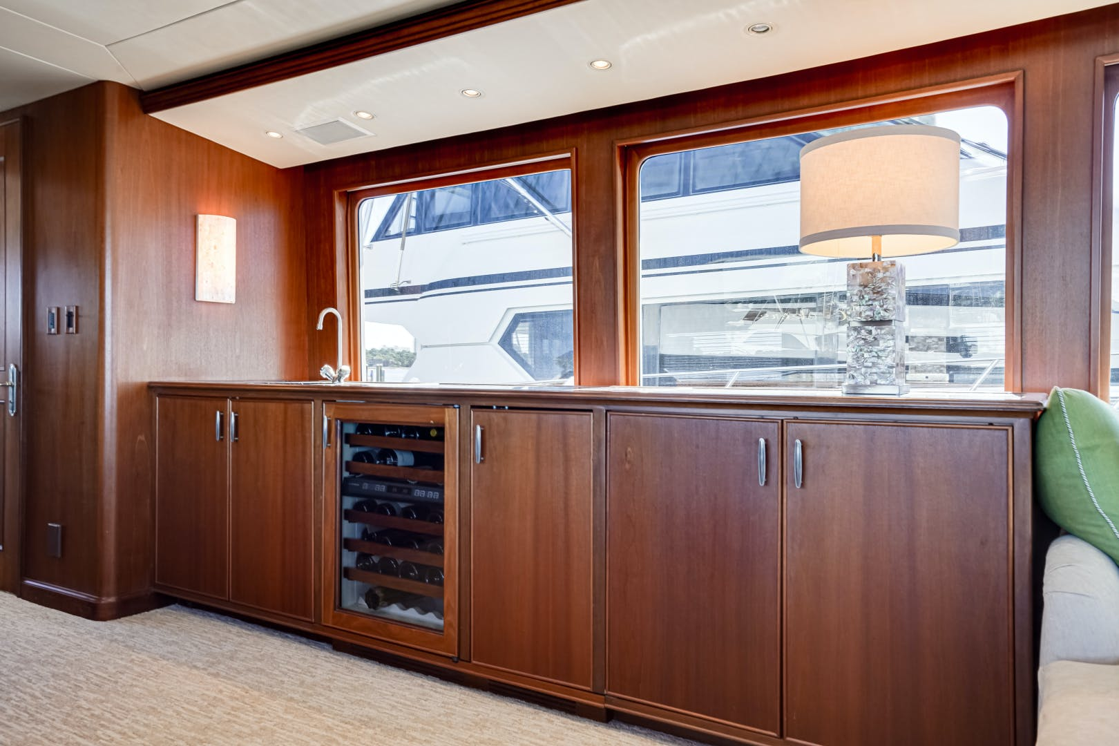 2001 Burger 85' 85 Motor Yacht Checkers | Picture 7 of 86