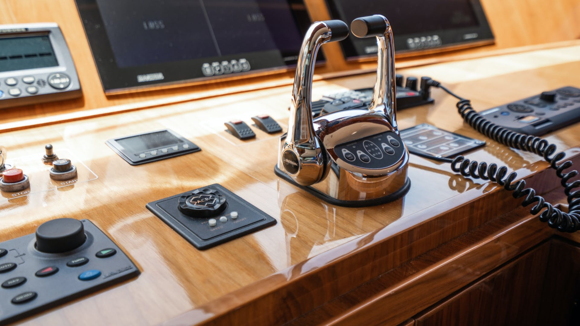 2016 Hargrave 101' 101 Raised Pilothouse Cutting Edge | Picture 7 of 96