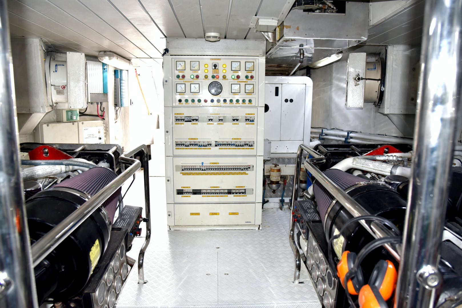 2007 Azimut 80' 80 Motor Yacht Libero  | Picture 1 of 36