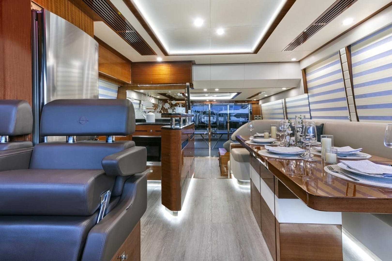 2020 Dyna Yachts 63' 63  | Picture 5 of 31