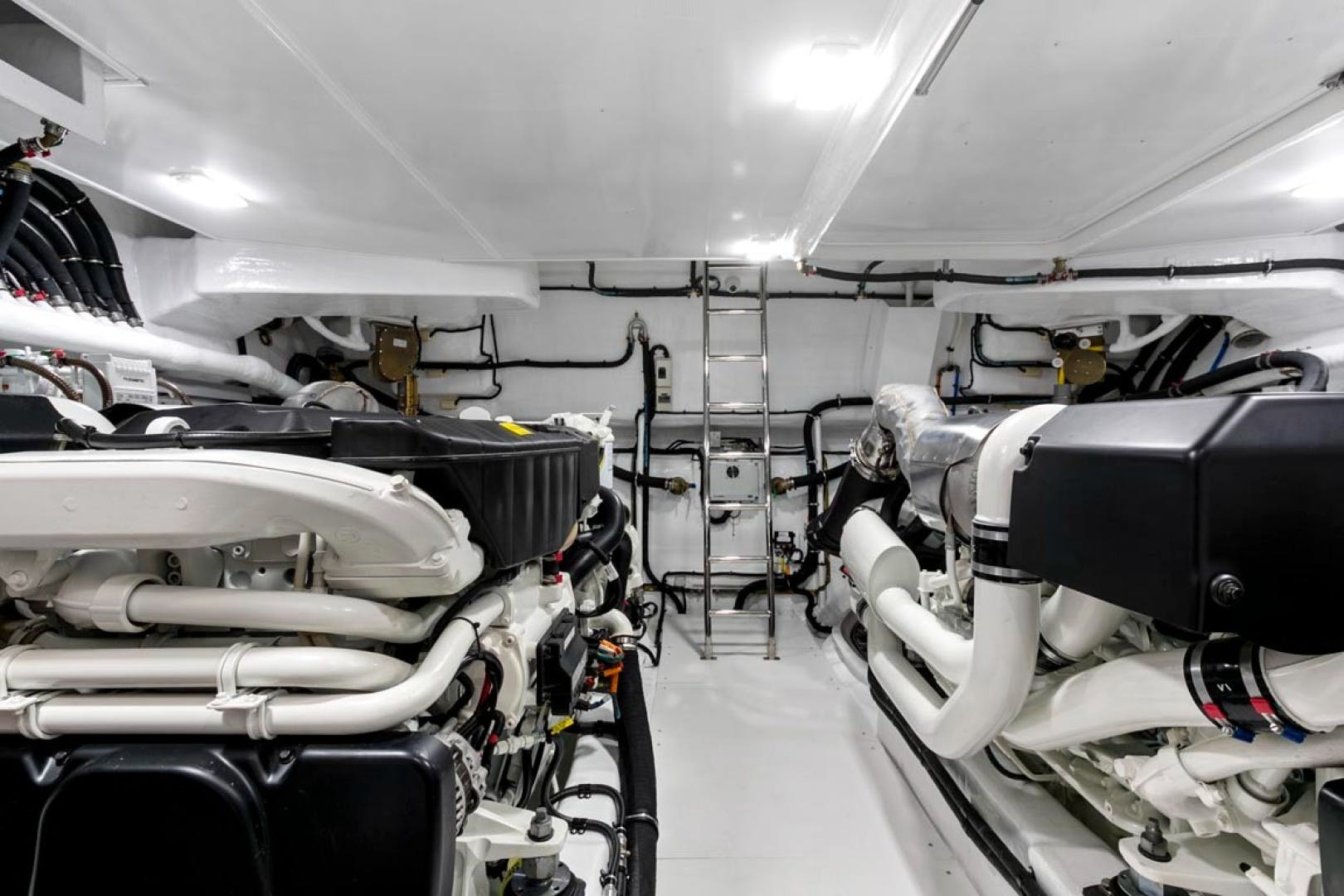 2020 Dyna Yachts 63' 63 Hardtop  | Picture 3 of 31