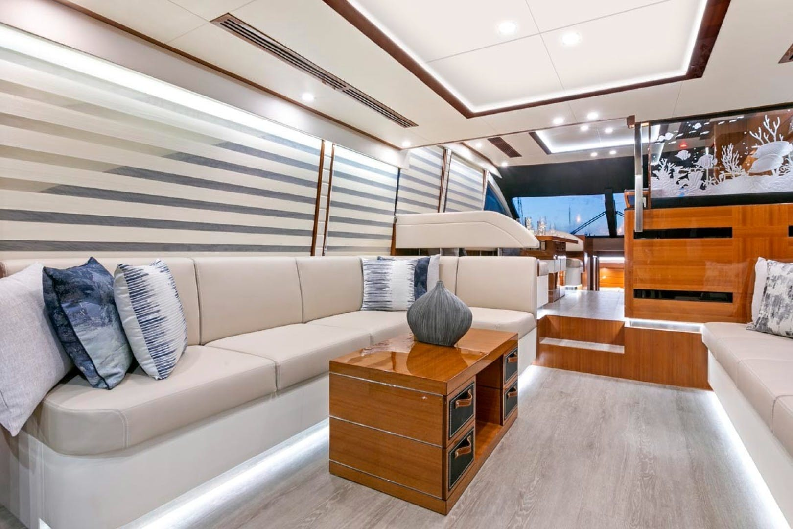 2020 Dyna Yachts 63' 63 Hardtop  | Picture 4 of 31