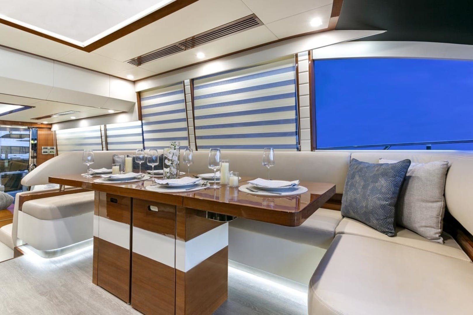 2020 Dyna Yachts 63' 63  | Picture 7 of 31