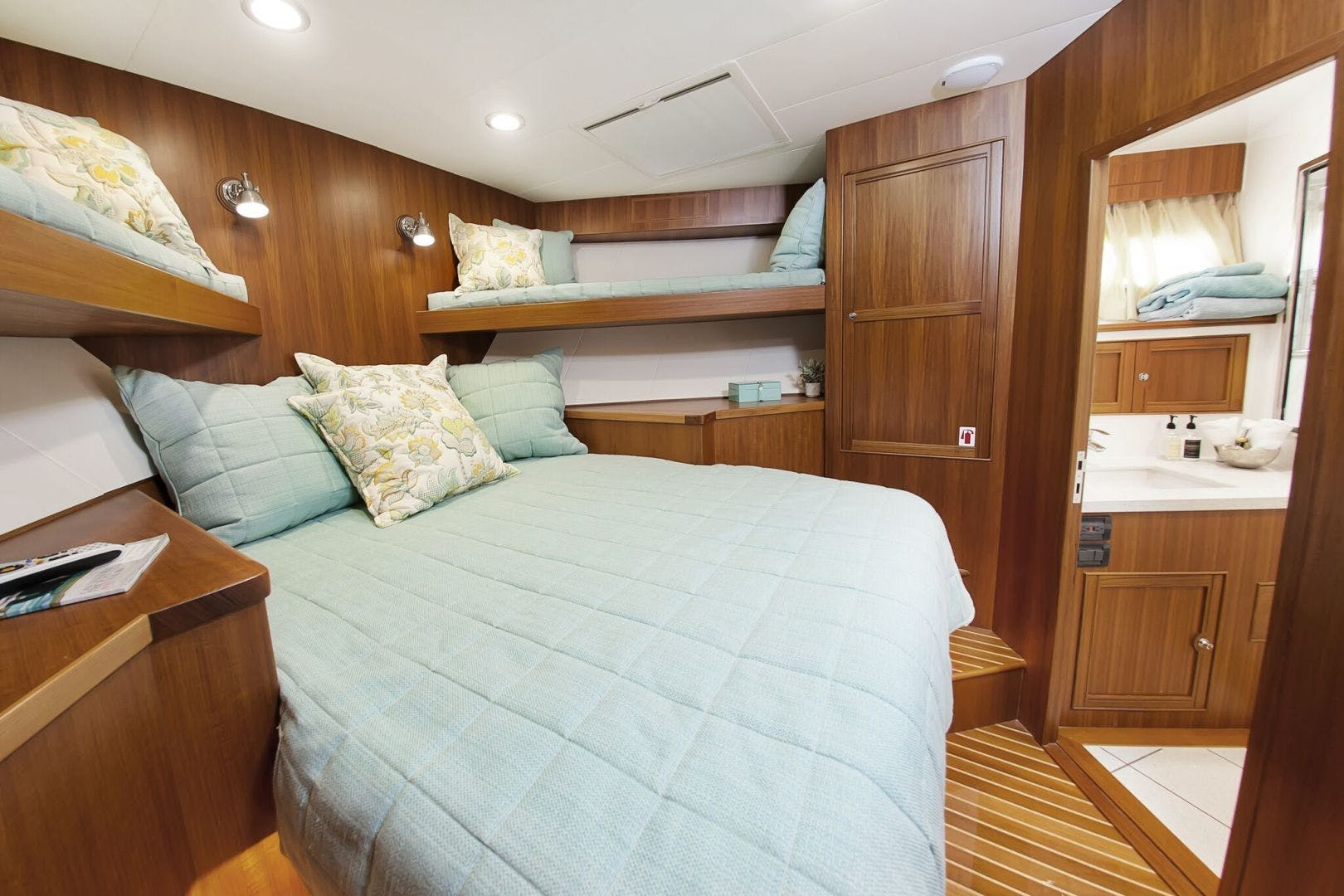 2019 Marlow 70' 70CB Explorer MK II Bluewater Lady   Picture 8 of 99