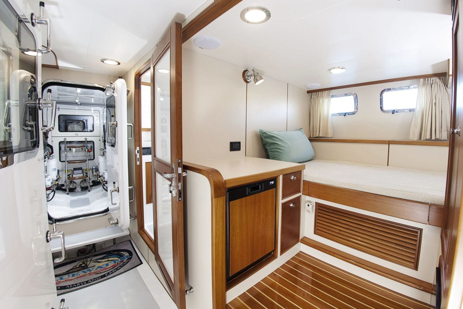 2019 Marlow 70' 70CB Explorer MK II Bluewater Lady   Picture 7 of 99